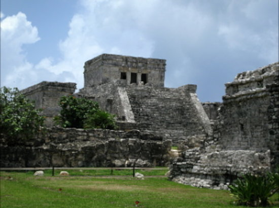 Make Your Own Tour: Tulum ruins