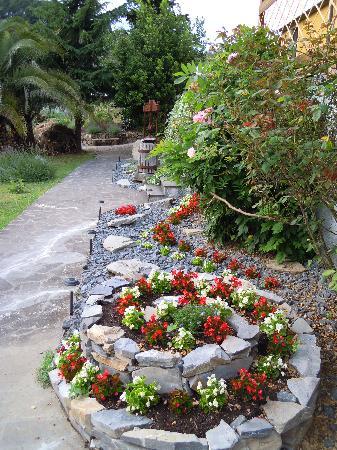Parte del giardino foto di il giardino degli angeli framura tripadvisor - Il giardino degli angeli ...