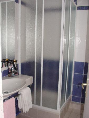 Hotel Mermoz : baño