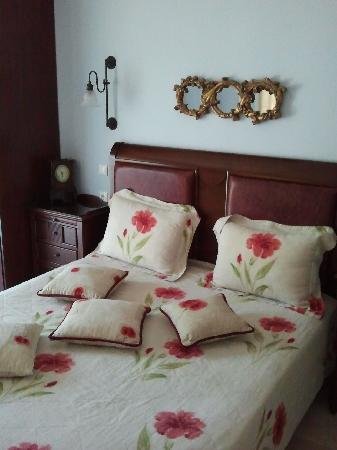 Enavlion Hotel Batagianni: room