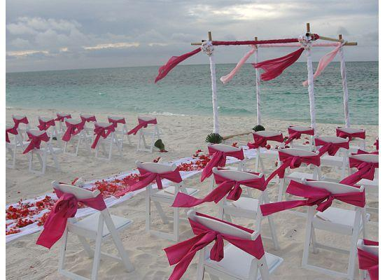 Aquamarine Beach Houses: Wedding on the beach