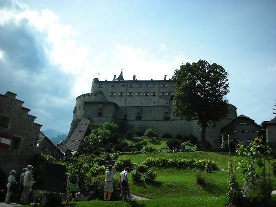 Erlebnisburg Hohenwerfen: giardino nel castello
