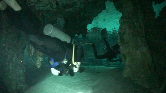 Halocline Diving: In Dos Ojos