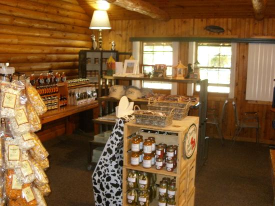 Poynette, WI: All Wisconsin food products!