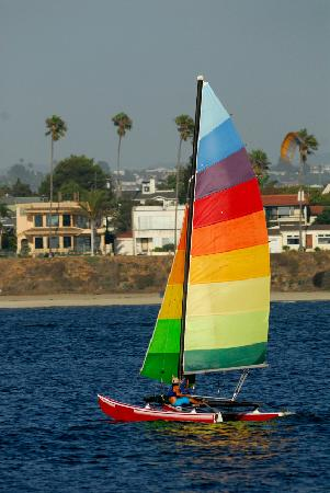 Beach Hut Bed and Breakfast: Sailing on Sail Bay in Mission Bay Park