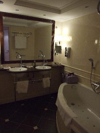 Hotel Estherea: bagno