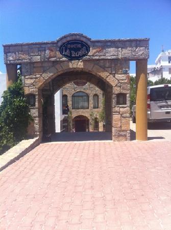 Hotel La Rosa: the front