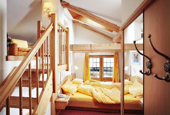 Hotel Walliserhof Zermatt: PERNILLA´S FAMILY ROOM