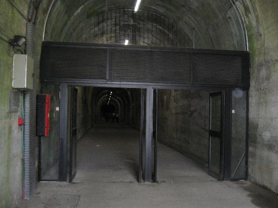 La Coupole : the tunnels