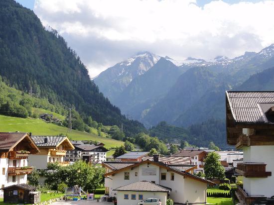 Kaprun Austria  city photo : Kaprun, Austria: View of the mountains from our balcony