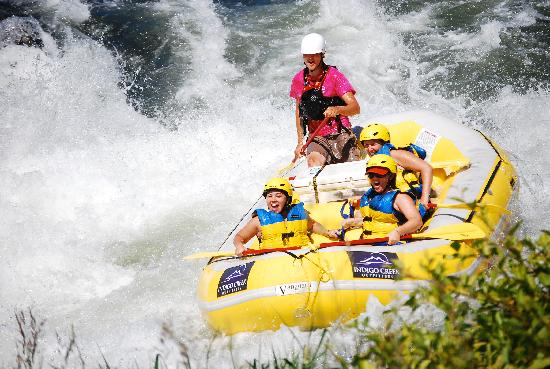 Indigo Creek Outfitters : Rafting through the Nugget