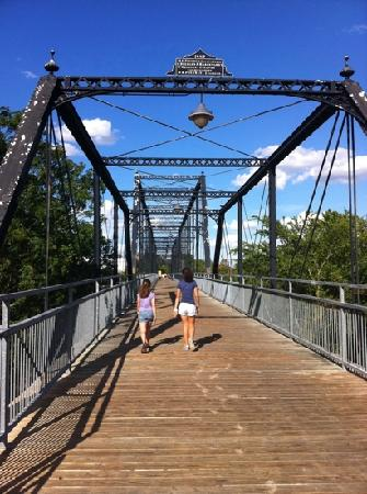 Faust Street Bridge: Faust St Bridge New Braunfels, TX