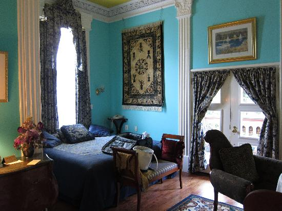 The Southern Mansion: our room