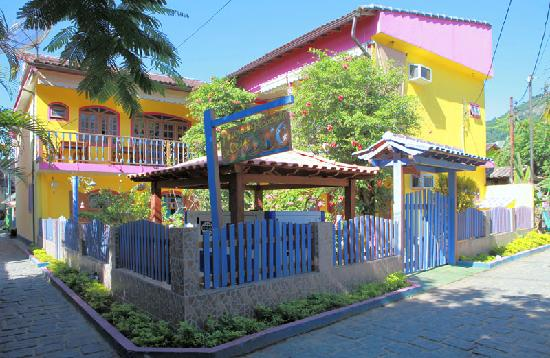 Pousada Pedacinho de Ceu: Front of the inn