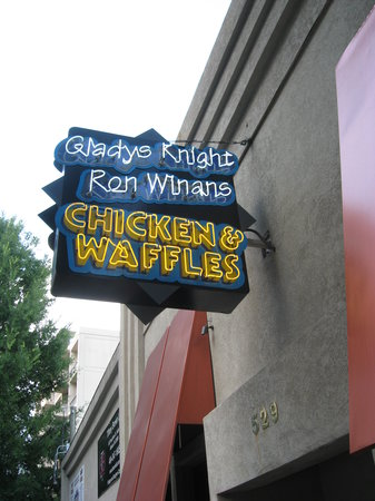 Gladys Knight S En Waffles Concepts Sign Outside Restaurant