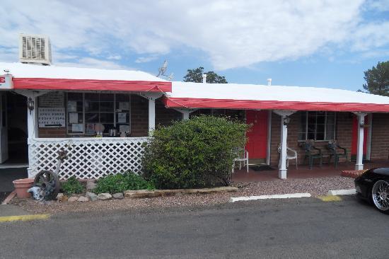Trail Rider's Inn Motel: L'entrée