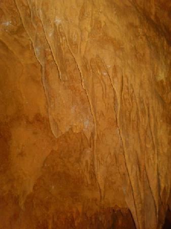 Tuckaleechee Caverns: inside the cave