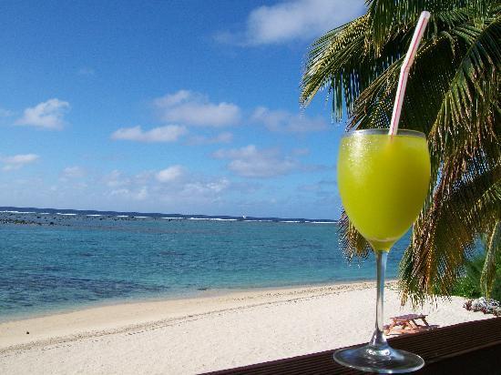 Nikao Beach Bungalows: 4. o'clock drinkies