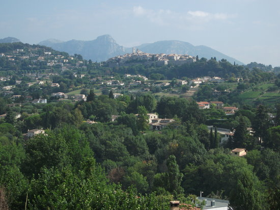 Hotel Marc Hely: view towards St. Paul de Vence