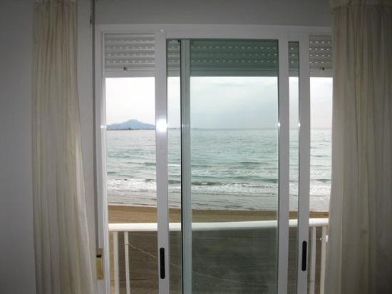 Mare Nostrum: Desde dentro de la habitación. Playa