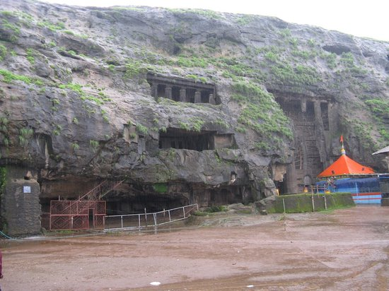 Lonavla, India: View of caves from outside
