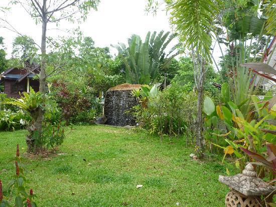 Baan Rom Mai: Kleine Gartenanlage
