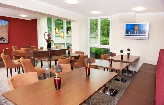 Leonardo Hotel & Residence München: Lounge