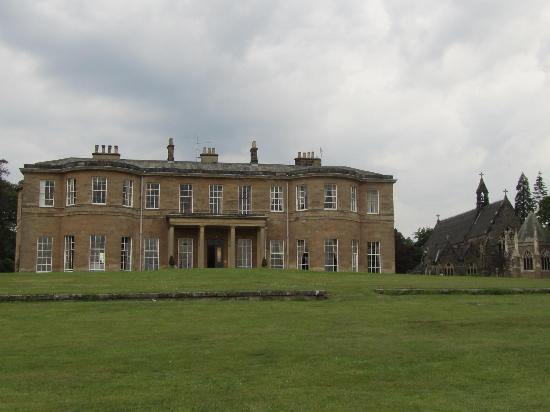 Rudding Park Hotel: Part of hotel overlooking golf course