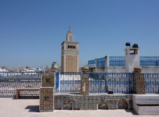 Medina von Tunis: Dachterrasse - Blick auf die Große Moschee