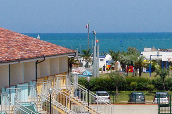 Residence long beach lido adriano italy apartment reviews photos price comparison - Bagno caesar lido adriano ...