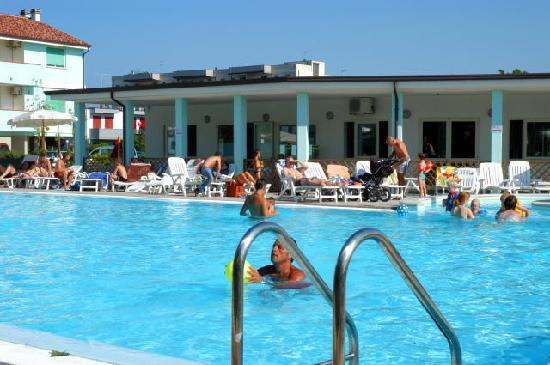 Residence Long Beach : piscina