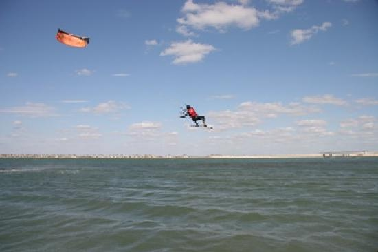 Lake Pflugerville: Kite surfing is popular at the lake