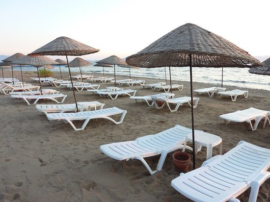 Kerem Resort: BEACH