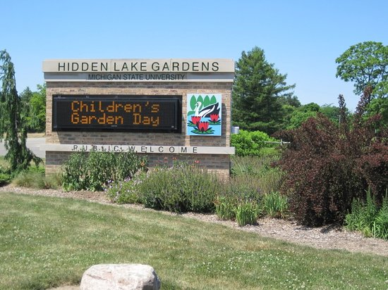 ‪Hidden Lake Garden‬