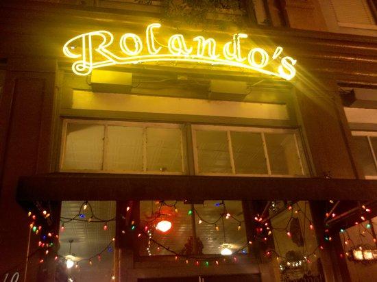 Rolando's Restaurante: Front sign