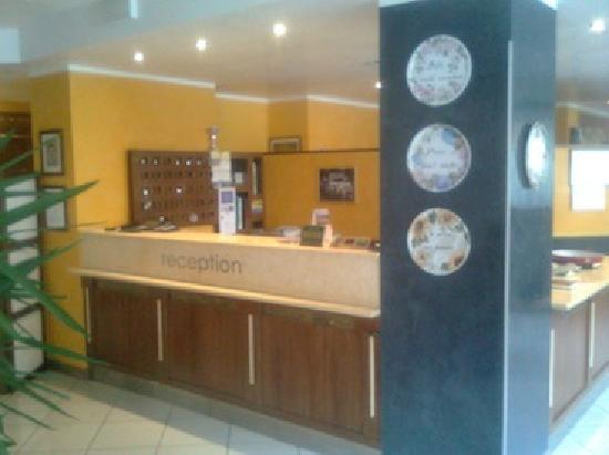 Albergo Ristorante Risorgimento: La reception dell'albergo