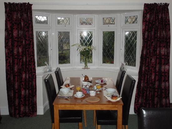 Stockwell Lodge Guest House: Breakfast in the dining room (lovely)
