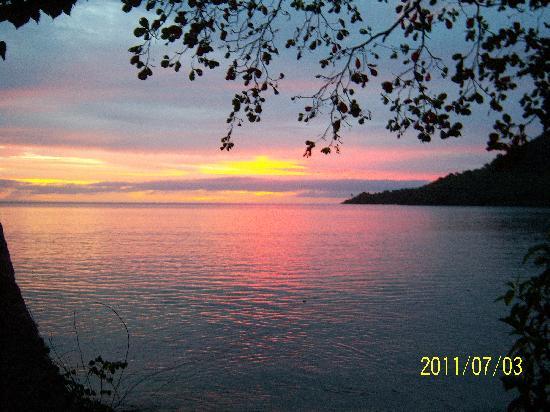 Lalati Resort & Spa: Sunrise is georgeous!