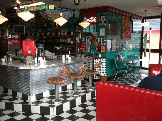 Bobby sox 50 39 s diner maple ridge restaurant reviews for Cuisine 50 s