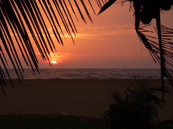Jetwing Beach: Sri Lankan Sunset