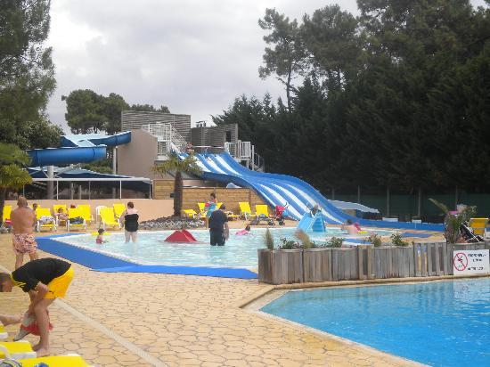 Saint-Jean-de-Monts, France: slides, chute and baby pool