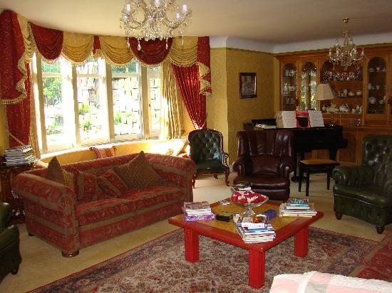 Old Stoney Bank Guest House: Lounge