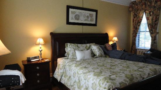 Inn On Carleton: room Nº3