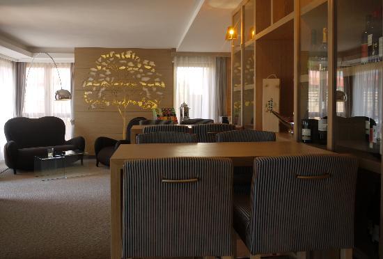 Napura Art & Design Hotel: Soggiorno e vini locali