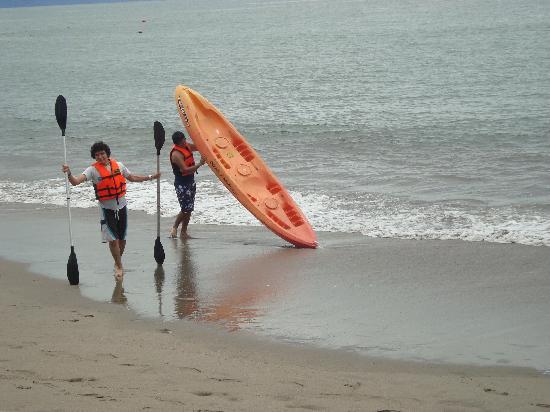 Villa Varadero Hotel & Suites: En los kayaks