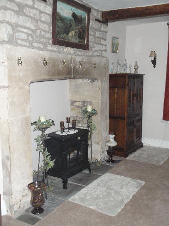 Barrow Vale Farm: Guest's shared lounge room (I think?) #2