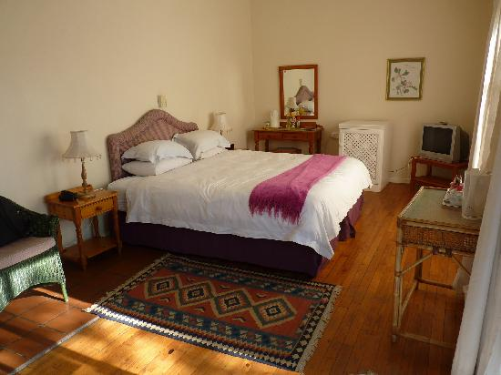 Tamboti Ridge Bed & Breakfast : Innenansicht Zimmer