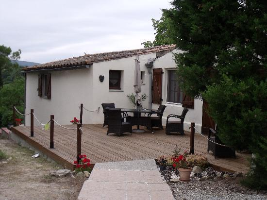 Limoux, Frankrig: The patio, perfect for relaxing after a hard days sightseeing