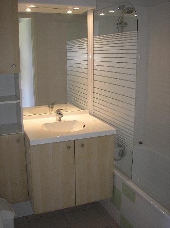 Résidence Club mmv Ondres L'Allée des Dunes : Salle de bain