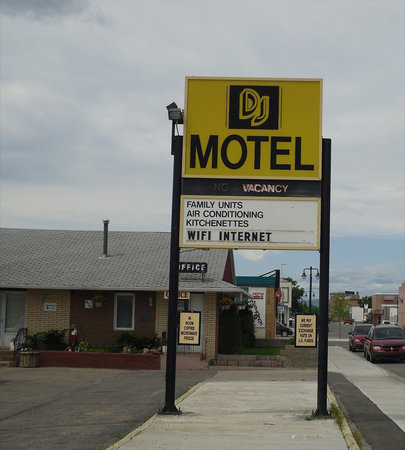 DJ Motel Sign